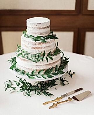 Naked Cake Greenery.jpg