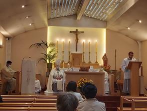 Visite pastorale de l'Évêque-Primat M. Karol BABI et de la Messe de Fête-Dieu