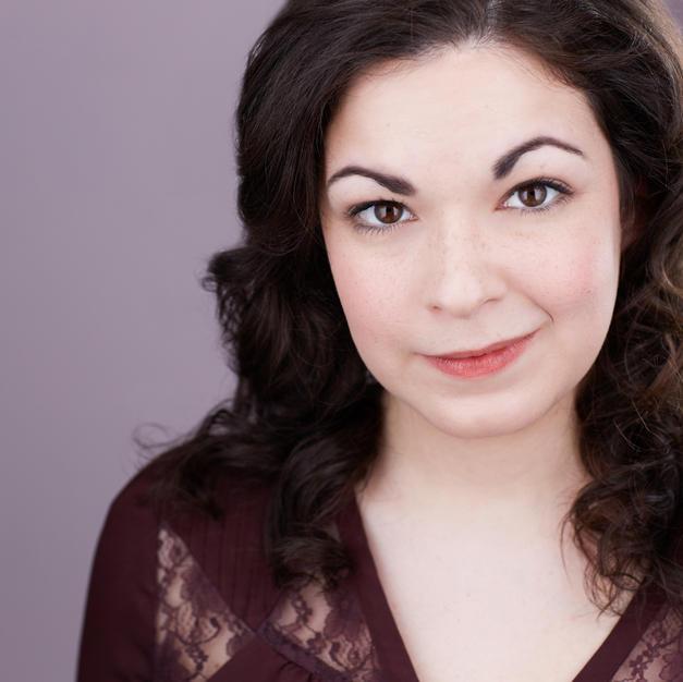 Rachel Oshrin / Stage Manager