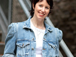 The Picture Book Buzz - Interview with Leanne Hatch