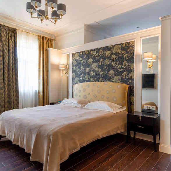 Спальня в стиле неоклассик