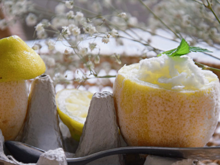 Gesundes self-made Zitroneneis