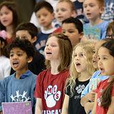 Angie-Wytovich-kids-singing.jpg