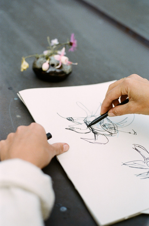 Flower Drawing mit Lilla Wicki und Studio Végété
