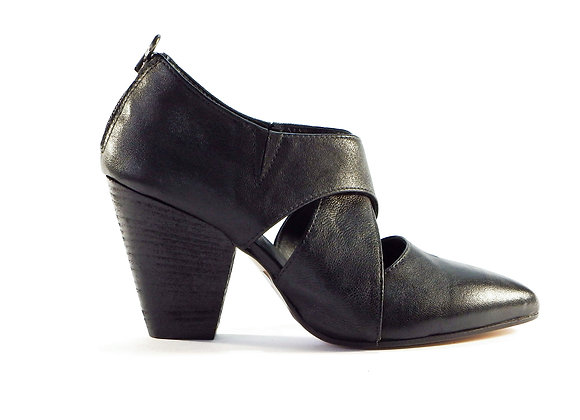 Ankle boot incrociato