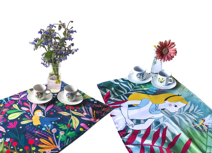 Illustrated placemats Size: 50 cm W x 35 cm H - Material: Waterproof fabric - PES Please contact me privately for information.
