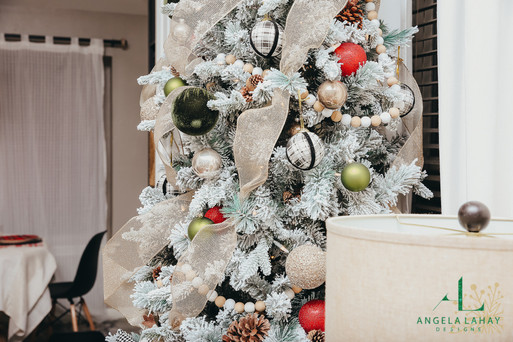 holiday home decor_Christmas Tree Close