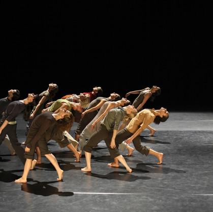 Essay: Storytelling Using Modern Dance