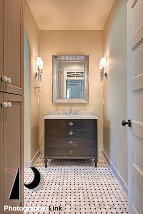 Danielle Petkus Design -The Colom project Bathroom 1