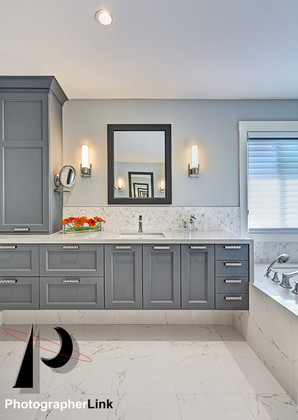 NAR Fine Carpentry, Inc. The Stein project Bathroom