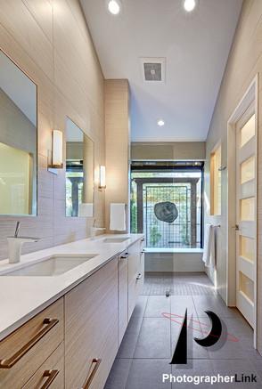 NAR Fine Carpentry, Inc. The Stonybar project Bathroom 3