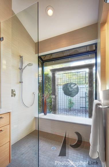 NAR Fine Carpentry, Inc. The Stonybar project Bathroom 5