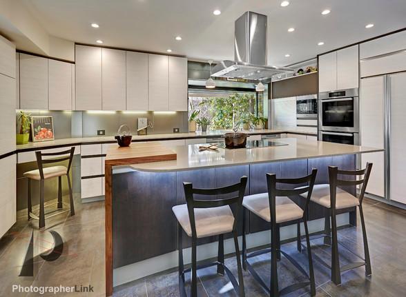 NAR Fine Carpentry, Inc. The Otto-Bell-Johnson project Kitchen 3