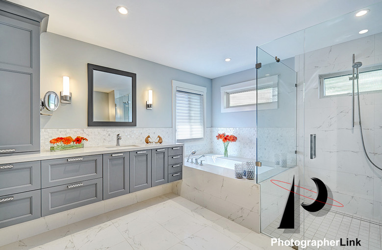 NAR Fine Carpentry, Inc. The Stein project Bathroom 2