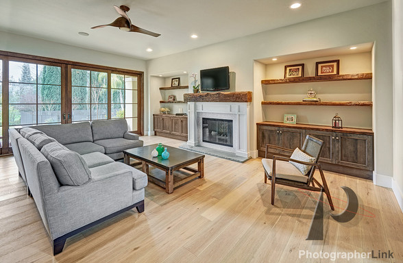 NAR Fine Carpentry, Inc. The Meridth project Living Room