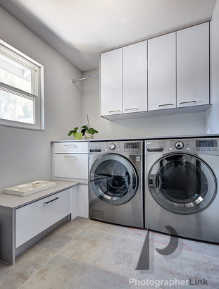 NAR Fine Carpentry, Inc. Keilar-Timmerman project Laundry Room