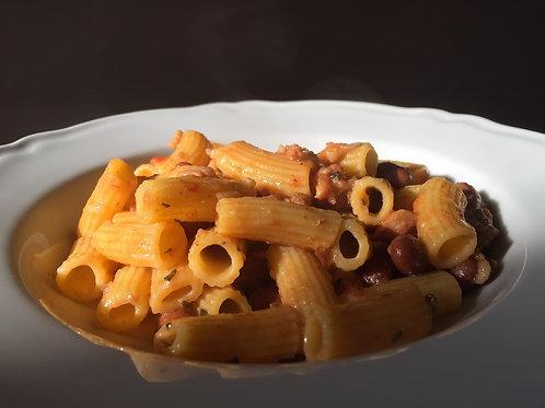 Maccheroncini con pancetta e fagioli