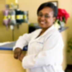 Chiropractor Greeneville, Doctor Yvette Edwards, Life Chiropractic Clinic