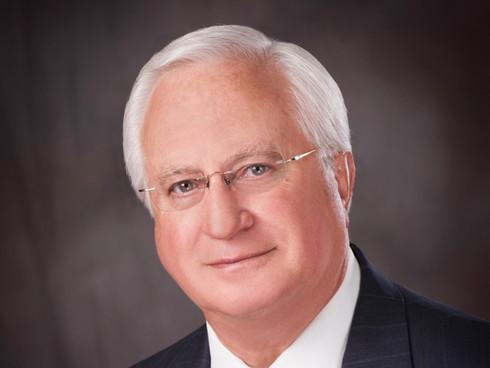 Dr. Hugo Gibson