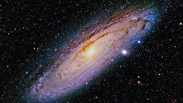 space-istock-895035-1601412603.jpg
