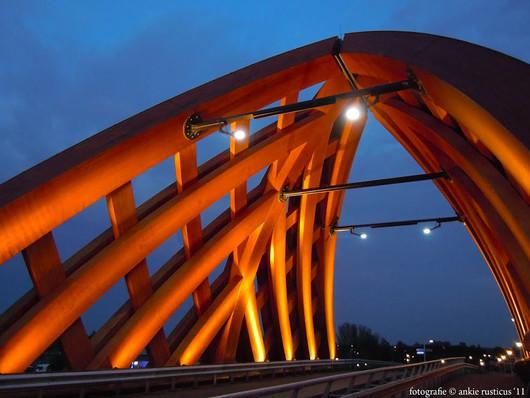 Современное деревянное мостостроение
