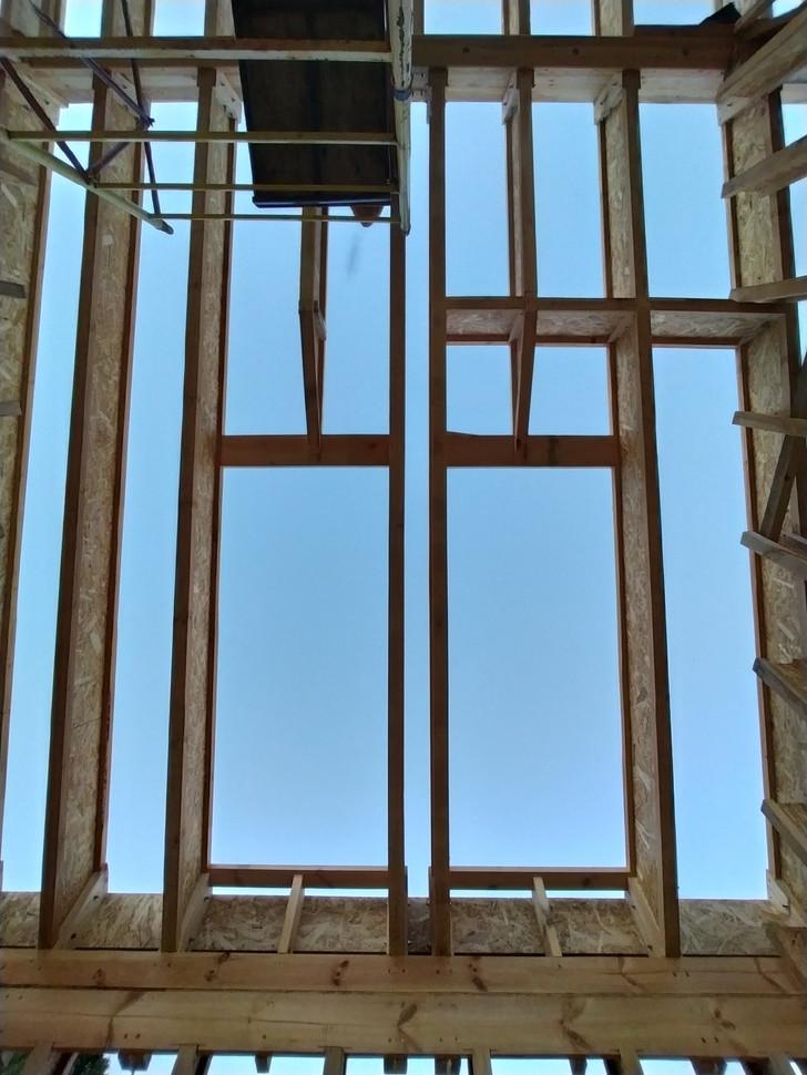 Тут будут два огромных самодельных неоткрываемых мансардных окна.