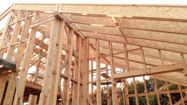 Каркас дома из деревянных двутавров