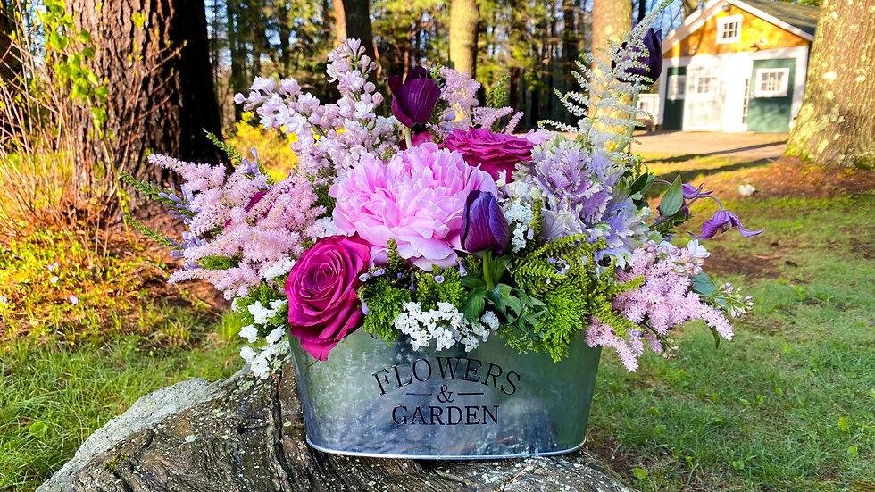 """""""Flowers & Garden"""" Arrangement"""
