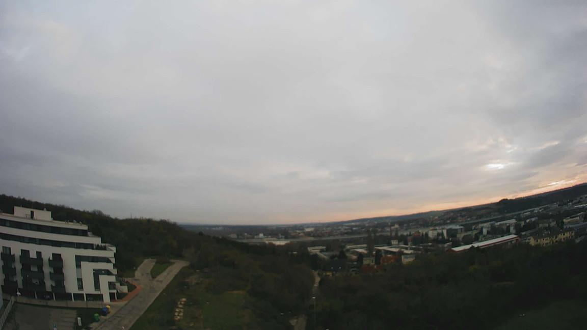 Rezidencia Kalvárka | Pohľad z J okien smerom na Noemis