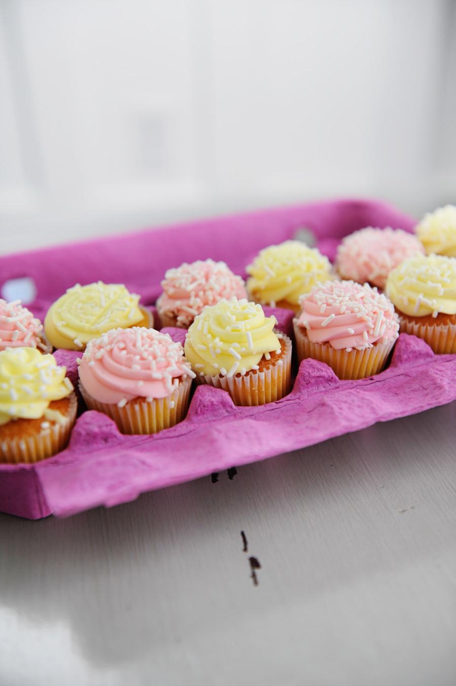 New Generation Eggs Cupcake Holders.