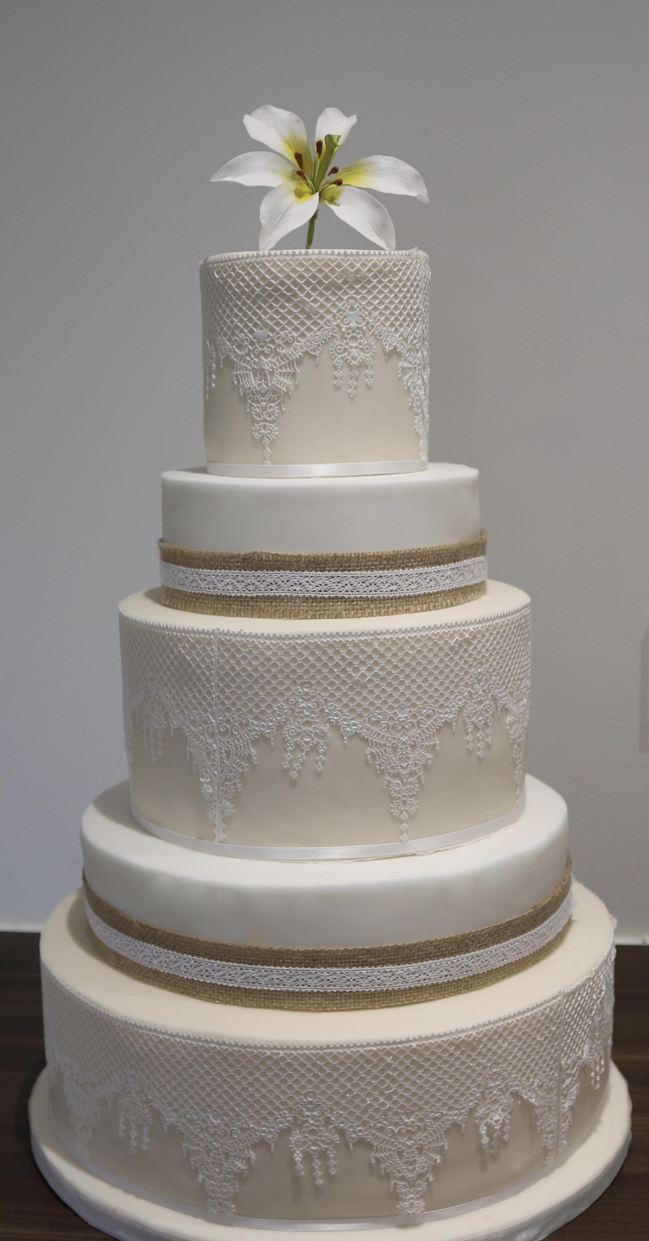 5 tier lace wedding cake