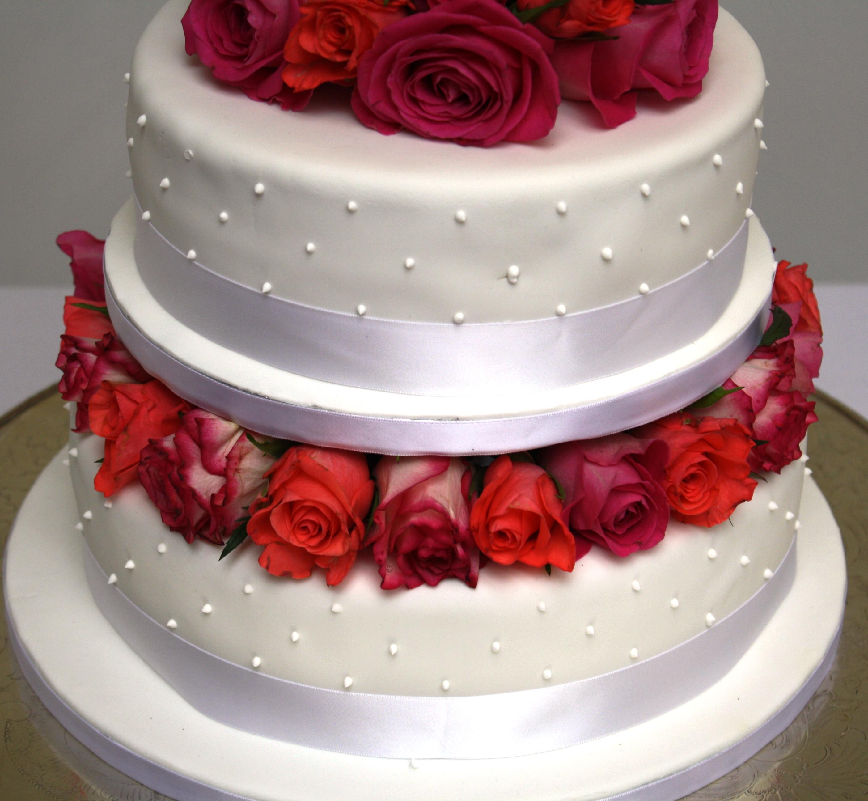 Rose and Polka Dot Wedding cake