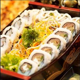 dining sushi.JPG