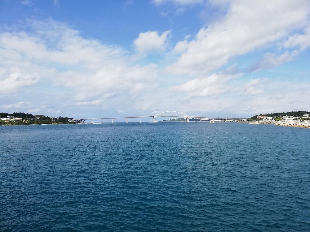 宮古島ではありません。瀬底大橋です!