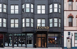 hotel-found-chicago-river-north-at-illin