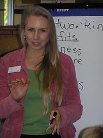 Lynn Thompson presenting at POW meeting