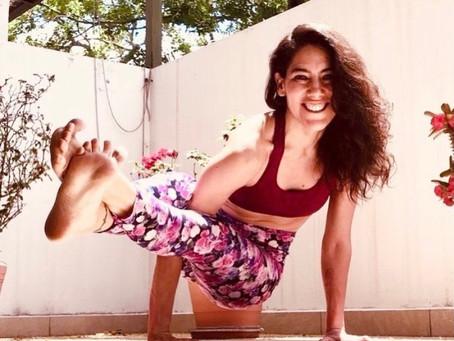 Yoga desde Adentro: Cultivando la Paciencia y Perseverancia con Astavakrasana