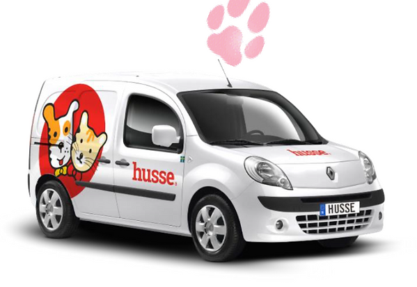 husse white car.png