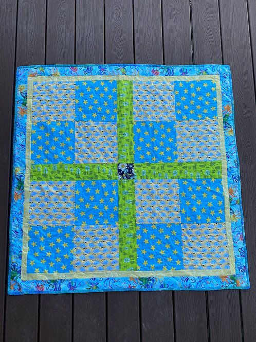 WHALES AND STARFISH BABY QUILT