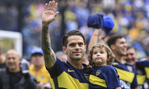 Se retira Fernando Gago
