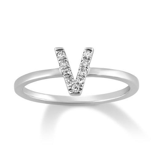 Initial V Ring