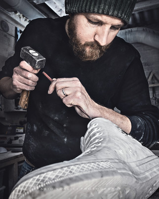 Alasdair Thomson working on the Chuck (2020)
