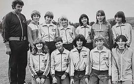 1980_Leichtathletik-Schülerinnen Bernd M