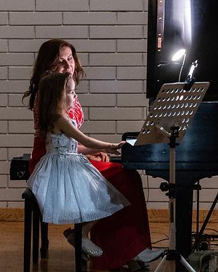 Lockyear-Music_piano-lessons.jpg