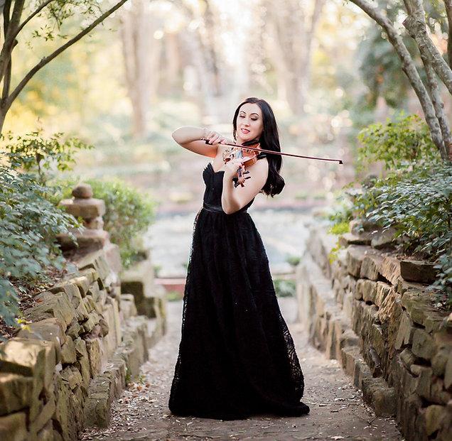 Yuliya-Lockyear-violinist-for-hire.jpg