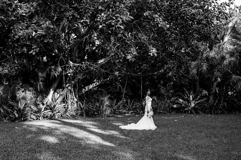 beach-wedding-old-fort-bay-11