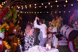 beach-wedding-old-fort-bay-35