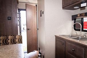 16BH Kitchen.jpg