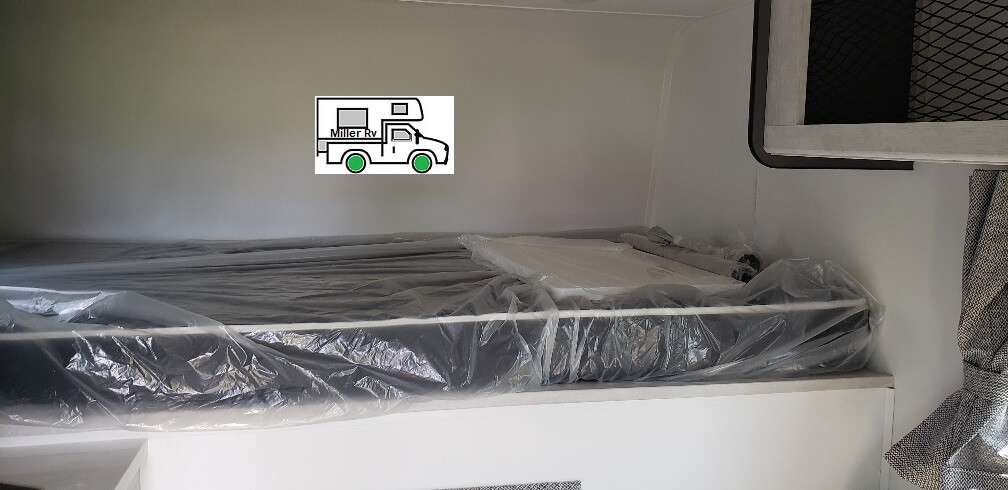 east west dbl bed