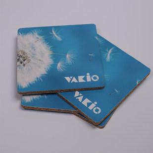 Подставка из пробки и картона Vakio 3